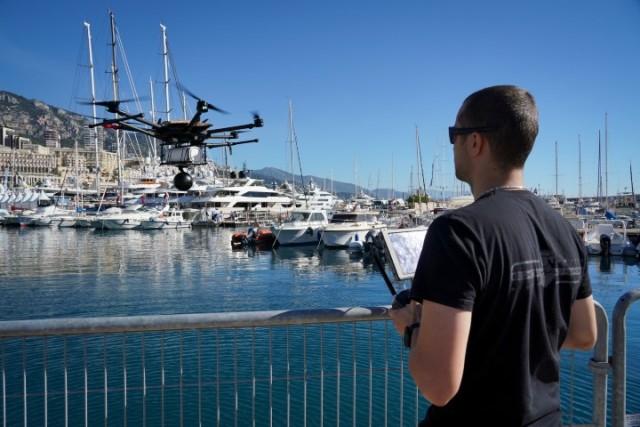 To drone που μετέδιδε ζωντανά βίντεο 360 μοιρών - υψηλής ανάλυσης σε συσκευές ψηφιακής πραγματικότητας (VR), χρησιμοποιώντας το δίκτυο 5G