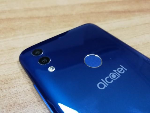 Alcatel 5V: Hands-on με το γοητευτικό value for money της εταιρείας
