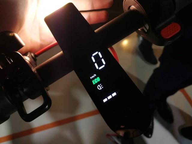 Xiaomi M365 Pro-3