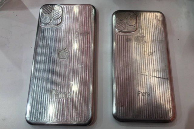 iPhone-11-and-iPhone-11-Max-molds-surface