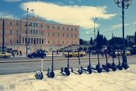 Ξεκίνησε ο δημόσιος διάλογος στην Αθήνα για τα ηλεκτρικά πατίνια, ποιά μέτρα θα παρθούν για τον έλεγχό τους