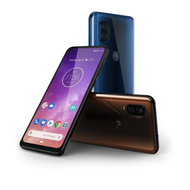 Motorola One Vision_packaging render