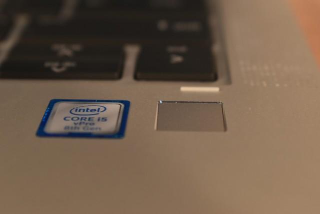 HP EliteBook (16)