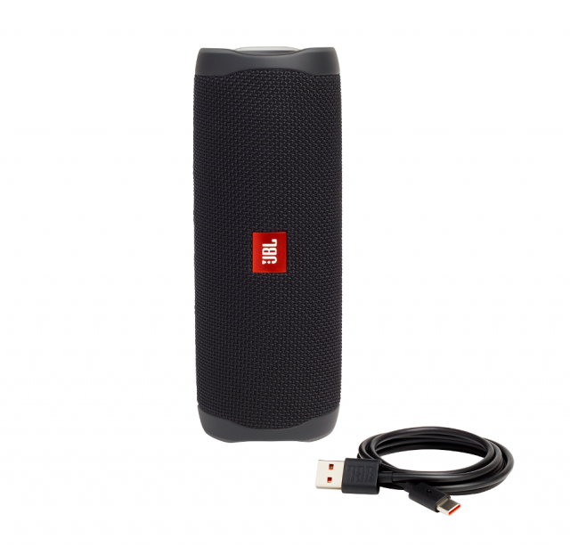 JBL_Flip5_Product Photo_Cable_Midnight Black