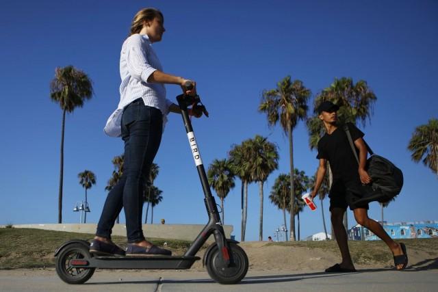 e-scooters (2)