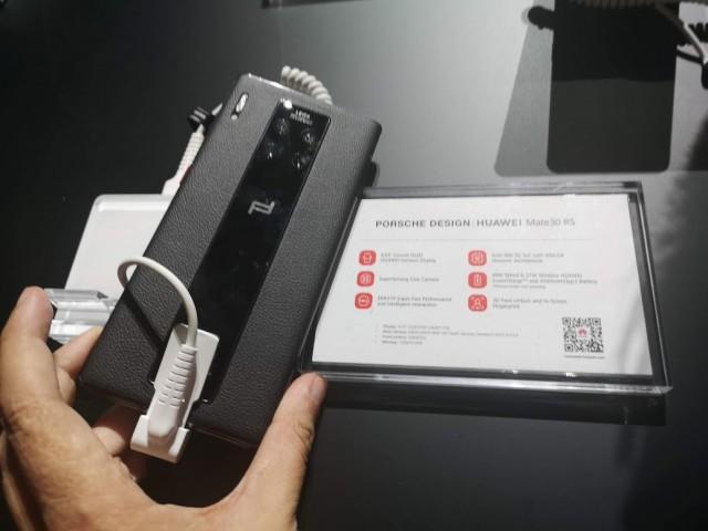 Porsche Design Huawei Mate 30 RS - 02