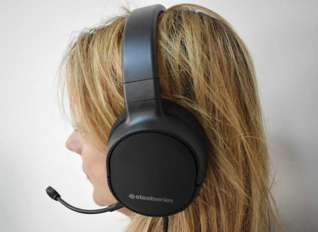 SteelSeries Arctis 1 2