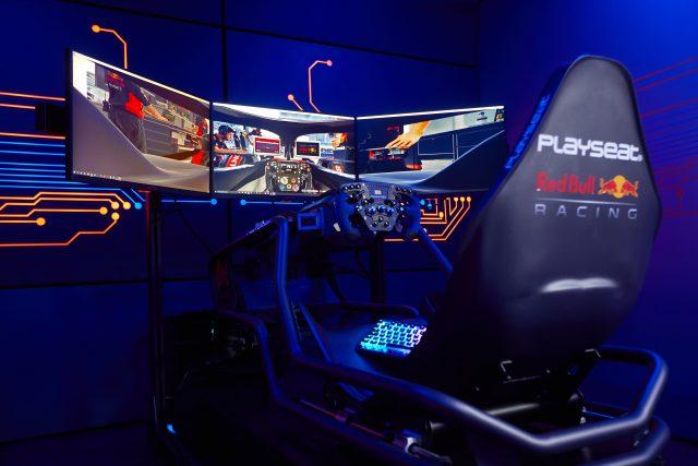 AOC Red Bull Racing Esports 2